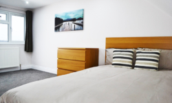Tennyson Bedroom4-2